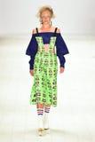 Desfile de moda del código de JRAA Imagenes de archivo