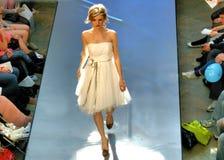 Desfile de moda del resorte Fotos de archivo libres de regalías