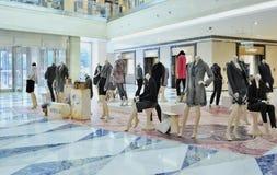 Desfile de moda do Mannequin imagens de stock