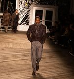 Desfile de moda 2019 de Joseph Abboud Mens Fall como parte del New York Fashion Week imagen de archivo