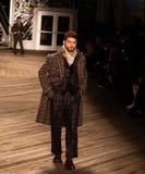 Desfile de moda 2019 de Joseph Abboud Mens Fall como parte del New York Fashion Week fotos de archivo libres de regalías