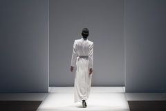 Desfile de moda, un evento de la prolongación del andén imagen de archivo libre de regalías