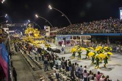 Desfile de Samba School 2013 - Sao Paulo Foto de archivo