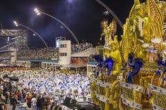 Desfile de Samba School 2013 - Sao Paulo Foto de archivo libre de regalías