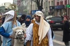 Desfile de tres hombres sabios Imagenes de archivo