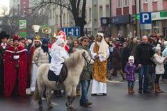 Desfile de tres hombres sabios Imagen de archivo libre de regalías