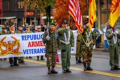 Desfile 2017 del día de veteranos Imagenes de archivo