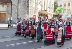 Desfile del festival nacional estonio de la canción en Tallinn, Estonia Fotos de archivo
