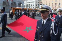 Desfile del MORENO de marinas de guerra extranjeras. Bandera de Marocco Imagen de archivo