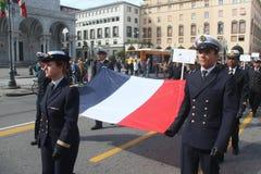 Desfile del MORENO de marinas de guerra extranjeras. Banderas de Francia Fotografía de archivo libre de regalías