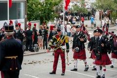 Desfile escocés de la orquesta de la gaita Imagenes de archivo