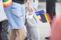 Desfile gay en el parque imágenes de archivo libres de regalías