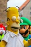 """Desfile-home run cómico Simpson-Nuremberg 2016 del †de Toon Walk """" Fotos de archivo"""