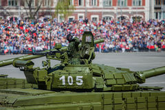 Desfile militar durante la celebración del día de la victoria fotografía de archivo libre de regalías