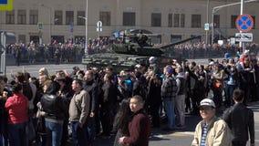 Desfile militar durante la celebración del día de la victoria metrajes