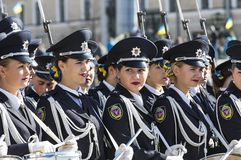 Desfile militar en honor del día de defensor de Ucrania fotos de archivo