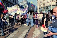 Desfile político de la protesta del día de trabajo, Milano Imagen de archivo libre de regalías