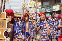 Desfile tribal Bukidnon Filipinas de los guerreros fotos de archivo libres de regalías