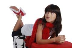 Desgastar bonito da menina vermelho, branco e preto imagens de stock royalty free