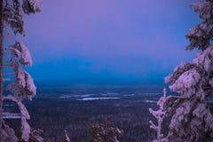 Desideri a partire dal momento blu dalla Lapponia Fotografia Stock
