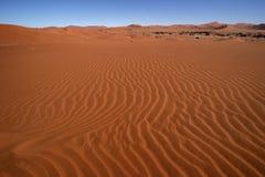 Desierto con el cielo azul Fotos de archivo libres de regalías