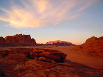 Desierto de la puesta del sol Foto de archivo libre de regalías