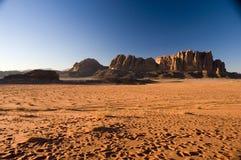 Desierto del ron del lecho de un río seco Fotos de archivo libres de regalías