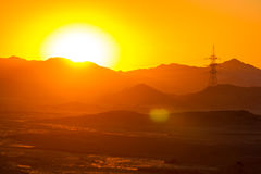 Desierto en el amanecer imagenes de archivo