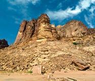 Desierto Jordania del ron del lecho de un río seco imagenes de archivo