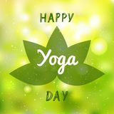 Desig internazionale dell'insegna, dell'opuscolo e del manifesto dell'illustrazione di vettore di giorno di yoga royalty illustrazione gratis