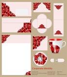 Design av den företags identiteten Abstrakt röd geometrisk modell Arkivfoto