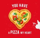 Design de carte d'amour de pizza avec la citation drôle sur le fond rouge Photographie stock