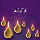 Design de carte de salutation de Diwali avec le diya d'or Photographie stock libre de droits