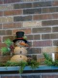 Design de interiores alegre da decoração do boneco de neve do feriado para os feriados imagens de stock royalty free