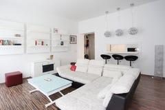 Design de interiores da sala de visitas Imagens de Stock Royalty Free