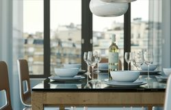 Design de interiores da sala de jantar no apartamento moderno Imagens de Stock Royalty Free