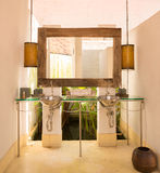 Design de interiores do estilo do vintage de um banheiro Fotos de Stock