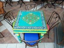 Design de interiores grego do restaurante ou do café foto de stock