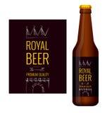 Design des Bieraufklebers und der Flasche Bieres Stockbilder