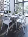 Design des Esszimmers mit weißen Möbeln Stockfoto