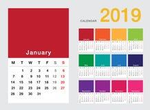 Design för mall för design för vektor för färgrik kalender för år 2019 horisontalenkel och ren, Royaltyfri Fotografi