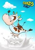 Design mit der verrückten Kuh, die über Milchspritzen springt Lizenzfreies Stockbild