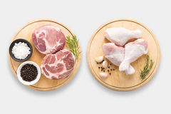 Design of mockup raw chicken and pork on cutting board set set i Royalty Free Stock Photo