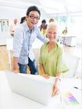 Design Team Planning för ett nytt projekt inom kontoret Royaltyfri Bild