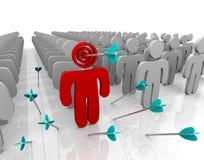 Designando il vostro cliente come bersaglio - frecce Fotografia Stock Libera da Diritti