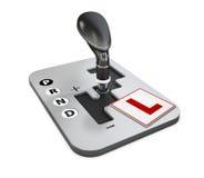 Designbegreppet av körskolan med den automatiska kugghjulförskjutningen och lär att köra tecknet, illustrationen 3d Royaltyfri Fotografi