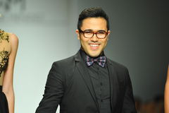 Designer Walter Mendez and  models walk runway Royalty Free Stock Photos
