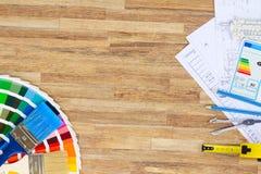 Designer& x27 ; table de fonctionnement de s Image stock