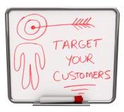 Designi i vostri clienti come bersaglio - asciughi la scheda di Erase royalty illustrazione gratis
