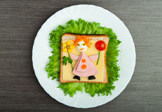Designmat. Idérik smörgås för barn Arkivfoton